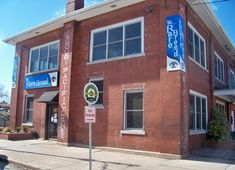 Rare Breed Youth Outreach Center, an evening drop-in center for homeless youth, will be temporarily adjusting its hours. Primary Care Clinic, Homeless Services, Walk In Clinic, Springfield Missouri, Fish Wallpaper, Extended Stay, Depression Treatment, Kitchen Pictures, Image House