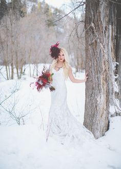 Salt Lake City Utah Bridal Photography. #bridals #saltlakecitybridals #bridalposes #weddingdress #utah #winterbridals www.kealajarvis.com