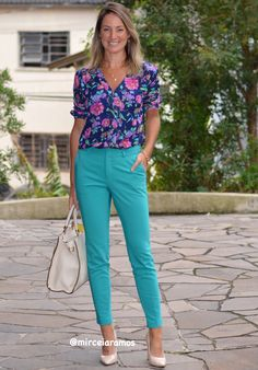 Outfit Look, Office Looks, Looks Style, Capri Pants, Casual Outfits, Chic, Image, Fashion Trends, Clothes