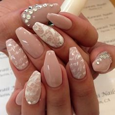 Nude coffin nails with design