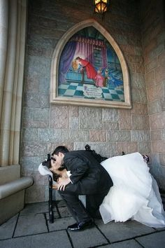 Disney themed wedding picture. If I have a Disney wedding, this is a must! MUST HAVE