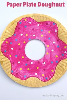 How to Make a Paper Plate Doughnut – Make Film Play This craft has way fewer calories than the real thing (do not eat)! All you need is a paper plate, paints, and paper sprinkles to make this sweet kids craft. Paper Plate Art, Paper Plate Crafts For Kids, Easy Arts And Crafts, Crafts For Kids To Make, Craft Activities For Kids, Paper Plates, Craft Ideas, Spring Activities, Craft Box