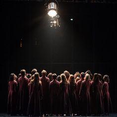 """863 mentions J'aime, 2 commentaires - Ballet de l Opera de Paris (@balletoperadeparis) sur Instagram: """"@babrubouche invite sur scène pas moins de 34 danseurs et le pianiste compositeur Nicolas Worms.…"""""""