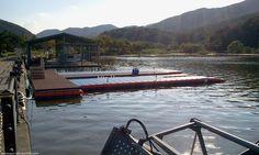 Floating Dock in Korea, (NEXT FLOAT) 팔당댐에 설치된 넥스트플로트의 계류장입니다.