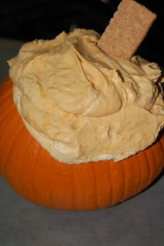 Pumpkin Fluff Dip Recipe ~ easy & delicious... Only 3 ingredients: pumpkin puree, instant vanilla pudding, Cool Whip