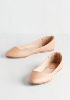 Pop of Pep Flat in Tan. Infuse your ensemble with an abundant dose of chic pizzazz by stepping into these tan flats! #tan #modcloth