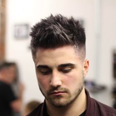 tombaxter_hair spiky mens haircut with textures #menshairstyles #menshaircuts #menshair #hairstylesformen #haircuts #fades #fadehaircuts #fadehaircut #coolhaircuts #newhaircuts #menshairstyles 2017