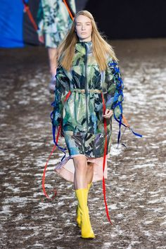 Seen of #WeConnectFashion courtesy of #Trendstop, Runway SS 2016 print trend, Organic Pigment