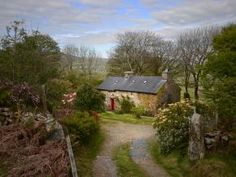 Luxury Holiday Cottage Wales   5 Star Romantic and Family Cottages Brecon Beacons   Large Houses and Wedding Venues Wye Valley, Black Mountains & Welsh Borders  