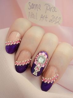 Fancy! This is from a Finnish girl's blog, she has more cool nails there.