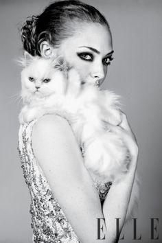 Amanda Seyfried - Elle