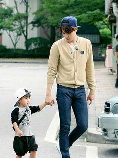 EXO's Kai meets his baby doppelganger, Teo! | allkpop