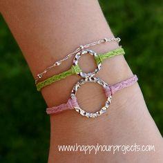 The Ten Minute Bracelet: Cute craft idea for girls camp! Hemp Bracelet Patterns, Hemp Bracelets, Friendship Bracelets, Diy Bracelet, Washer Bracelet, Braided Bracelets, Bracelets Crafts, Bracelet Photo, Simple Bracelets