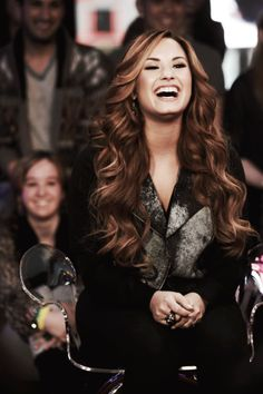 demi lovatos smile, brown hair, brunette, lovely fashion, hairstyle