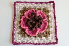 granny squares by Dana Beach of Craftyminx  http://craftyminx.typepad.com/a_granny_a_day/ #crafts #crochet