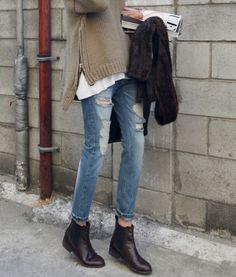 Boyfriend jeans + boots