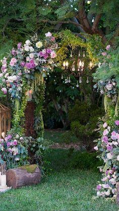 Enchanted Forest Wedding, Enchanted Forest Decorations, Disney Sleeping Beauty, Sleeping Beauty Wedding, Wedding Beauty, Nature Aesthetic, Dream Garden, Beautiful Gardens, Dream Wedding