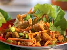 Spicy Ginger Chicken in Lettuce Cups for 4:  Nutritional Information (per serving): Calories: 305; Total Fat: 20 g;   Saturated Fat: 1 g; Cholesterol: 66 mg; Sodium: 825 mg; Total Carbohydrate: 8 g;   Dietary Fiber: 3 g; Protein: 24 g