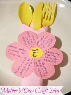 This easy Mother's Day craft can be used for a special meal on Mother's Day. Really easy to make with a thoughtful touch that Mom will love!