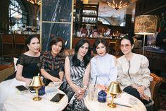 Chic dan Modest, Lihat Gaya Perempuan-Perempuan Jakarta yang Sosial Ini