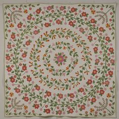 Pieced and Appliqued Cotton Quilt with Floral Wreath Design | Sale Number 2642M, Lot Number 645 | Skinner Auctioneers
