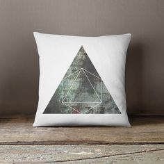 Funda de almohada con motivos geométricos #decoración #deco #diseño #hechoamano #handmade #hogar #casa #DaWanda