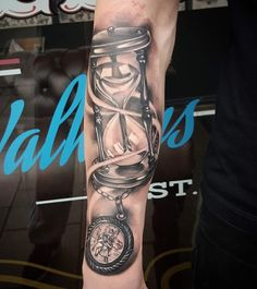 Tattoo ideas Tattoos 3d, Cool Forearm Tattoos, Time Tattoos, Body Art Tattoos, I Tattoo, Tattoos For Guys, Family Tattoo Designs, Family Tattoos, Tattoo Designs Men