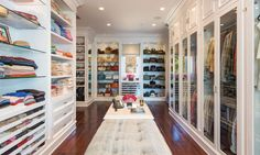 Beautiful luxury walk-in closet ideas for small and big house. Tags: luxury walk in closet, walk in closet ideas, walk in closet for small house, walk in closet for small room Malibu Mansion, Malibu Homes, Beverly Hills Mansion, Dream Mansion, Walk In Wardrobe, Walk In Closet, Closet Space, Huge Closet, Closet Doors