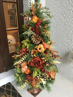 Thanksgiving Tree, Thanksgiving Decorations, Fall Tree Decorations, Fall Christmas Tree, Cemetery Decorations, Autumn Decorating, Porch Decorating, Decorating Ideas, Fall Topiaries