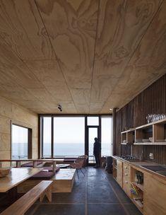 Coo Lodge / Ortuzar Gebauer Arquitectos