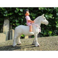 W//@xthesilverstables - Goodmorning! - #schleichpaarden #schleichpony #schleichpaard #horse #pferd #silkeschleich #saddlepad #belville #belvillelego #legobelville #lego #dol #schleichhorses #schleich #riding #saddle #schleichpaard by thepridestables