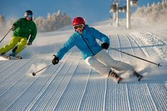 VERMONT's Stratton Mountain - a highly pleasurable ski resort -Nice form ! Winter Family Vacations, Ski Vacation, Stratton Mountain, Stratton Vermont, Ski And Snowboard, Snowboarding, Alta Ski, Vermont Winter, Us West Coast