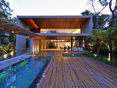 Casa 'Bosque da Ribeira Residence' Arquiteto: Anastasia Arquitetos #Modern House…
