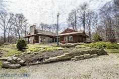 House for sale at 7200 Canyon Road SE, Hebron, OH 43025