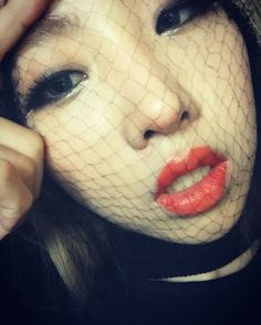"Minzy:"" I'm wearing a wig and have a wig net over my face but it doesn't feel bad…ㅋㅋㅋㅋㅋ """