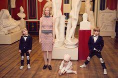 Family portrait in the art museum. Roman statues, Estonian actress and three kids. Published January 2015. Photo Marjaana Vaher / style Kirsi Altjõe www.sandinyourshortskidsblog.com