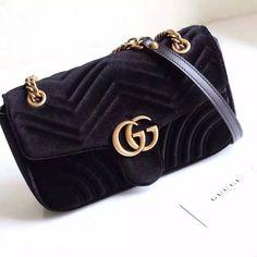 Gucci GG Marmont Velvet Shoulder bag -Boutique Copy ▶RM1090 BERMINAT WHATSAPP LISA +60198734825 #handbagpremium #premiumha dbag #guccimarmont #guccimalaysia