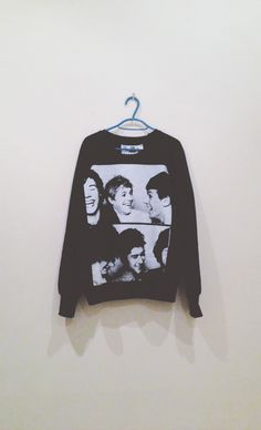 Fetus One Direction sweatshirt. Swag Style, Style Me, One Direction Outfits, I Love One Direction, Selfies, London Lifestyle, Bae, 1d And 5sos, Boys Who
