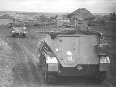 Halftrack of the Grossdeutschland Division (Eastern Front). ======================= Halftrack из Великой Германии всей армией (Восточный фронт).