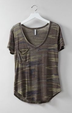 Love this. Check out @dealphish for more camo fashion & jewelry (The softest tee, you need it.)