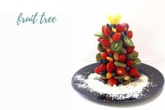 Christmas Tree Fruit Tray - We Love GlassWe Love Glass Easy Holiday Recipes, Easy Recipes, Easy Meals, Skewer Sticks, Party Plates, Fruit Trees, Holiday Parties, Blueberry, Strawberry