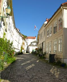 To Søstre Guesthouse, Bergen, Norway: Our street