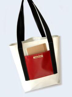 Umhängetaschen - Schultertasche Shopper ·☆· aus LKW-Plane N°3 - ein Designerstück von Chiquita-Jo bei DaWanda