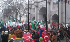 March For Aleppo: Thousands Join London Rally To 'Save Aleppo' | The Huffington Post