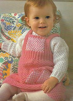 """Baby Pinafore Dress and Sweater Knitting Pattern 18-22"""" 4ply 386"""