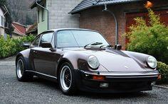 Porsche 911 (930) turbo - 1976 - copper brown metallic