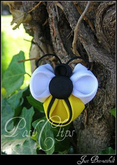 BEEutiful Bee by PoshClips on Etsy, $6.00: