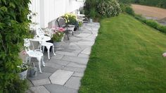 Outdoor Gardens, Sidewalk, Patio, Outdoor Decor, Green, Home Decor, Google, Pictures, Decoration Home