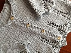 ❤︎ ravelry: erikalondon lace edged cardigan months - pattern 'saskia' from debbie bliss's 'eco family' book Baby Knitting Patterns, Knitting For Kids, Knitting Designs, Baby Patterns, Free Knitting, Toddler Cardigan, Knitted Baby Cardigan, Knit Baby Sweaters, Knit Or Crochet