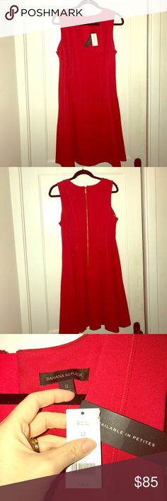 Red tulip dress by Banana Republic NWT Beautiful red dress by Banana Republic. Never worn, size 12, sturdy flattering material. Pet free, smoke free home! Absolutely zero flaws! Offers welcome, trades considered 😊 Banana Republic Dresses Midi